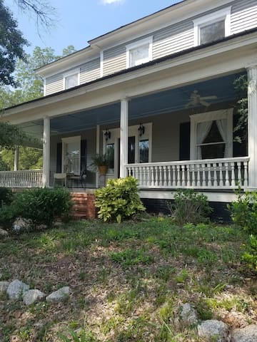 The Front Porch - Newnan - Hus