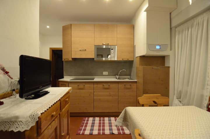 K101 apartement in the central area- 4 beds-  WIFI
