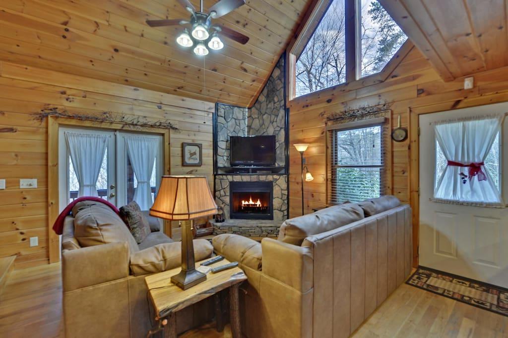 Sugar Creek Hideaway Cabins For Rent In Blue Ridge Georgia United States
