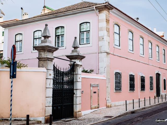 Villa Marquês  Secular House near Tagus river