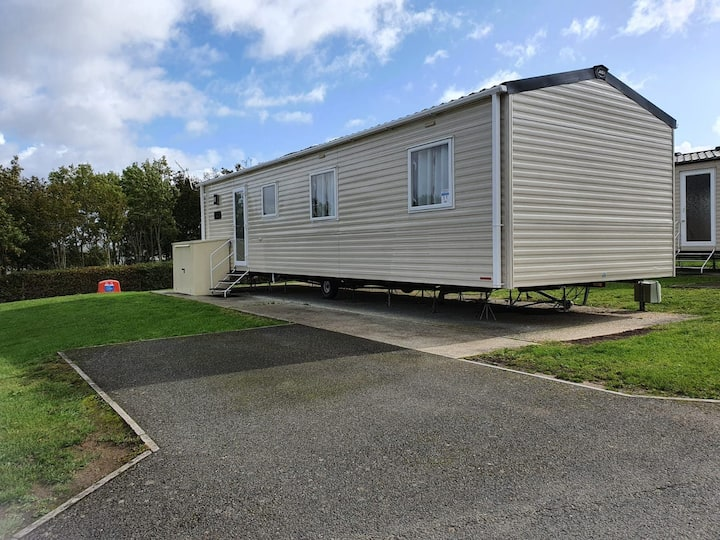 Modern 3 bedroom holiday home isle of wight