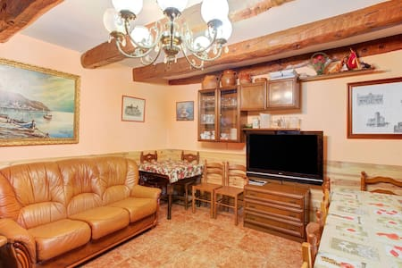 Snug Holiday Home in Valladolid with Private Pool