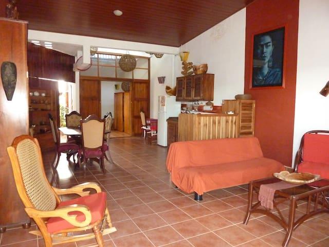 Casa Viento - apartament - Matagalpa - Hus