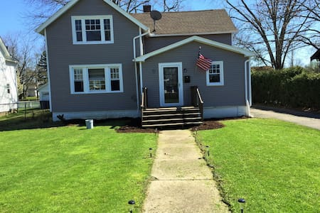RNC Rental - Excellent Location - Berea