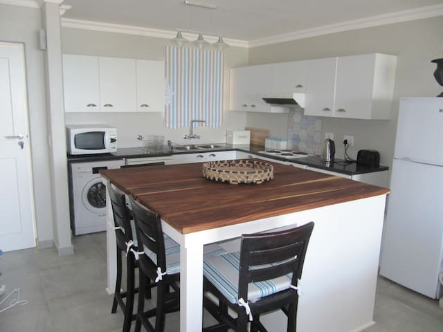 Emerald Bay apartment at golf estate on sea. - Kaapstad - Appartement