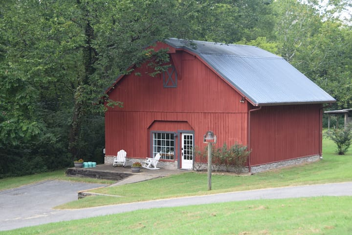 The Barn - Hendersonville - Rumah