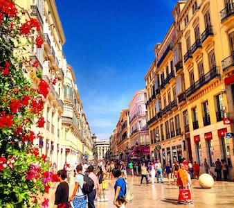 CENTRAL FLAT IN THE HEART OF MALAGA