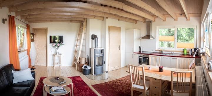 Idyllisches Waldhaus für Entspannung & Erholung