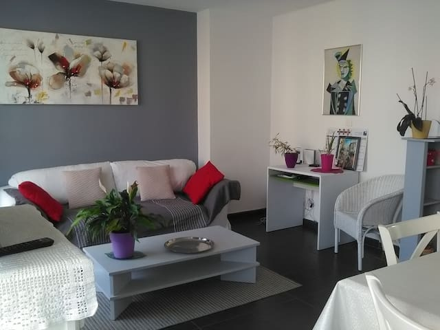 T4 moderne, confortable et lumineux-proche de tout - La Seyne-sur-Mer - Apartemen