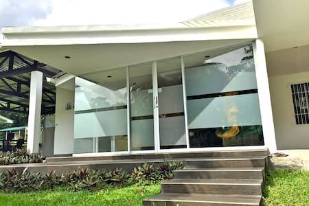La Fortuna.Modern & convenient home - La Fortuna - House