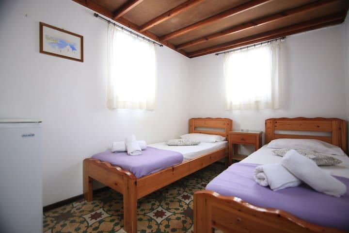 Room 1 at laka for 2 - Mikonos - Apartment