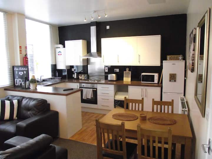 Apartment 1 Burnett Court - 1 Bed  - Hull Old Town