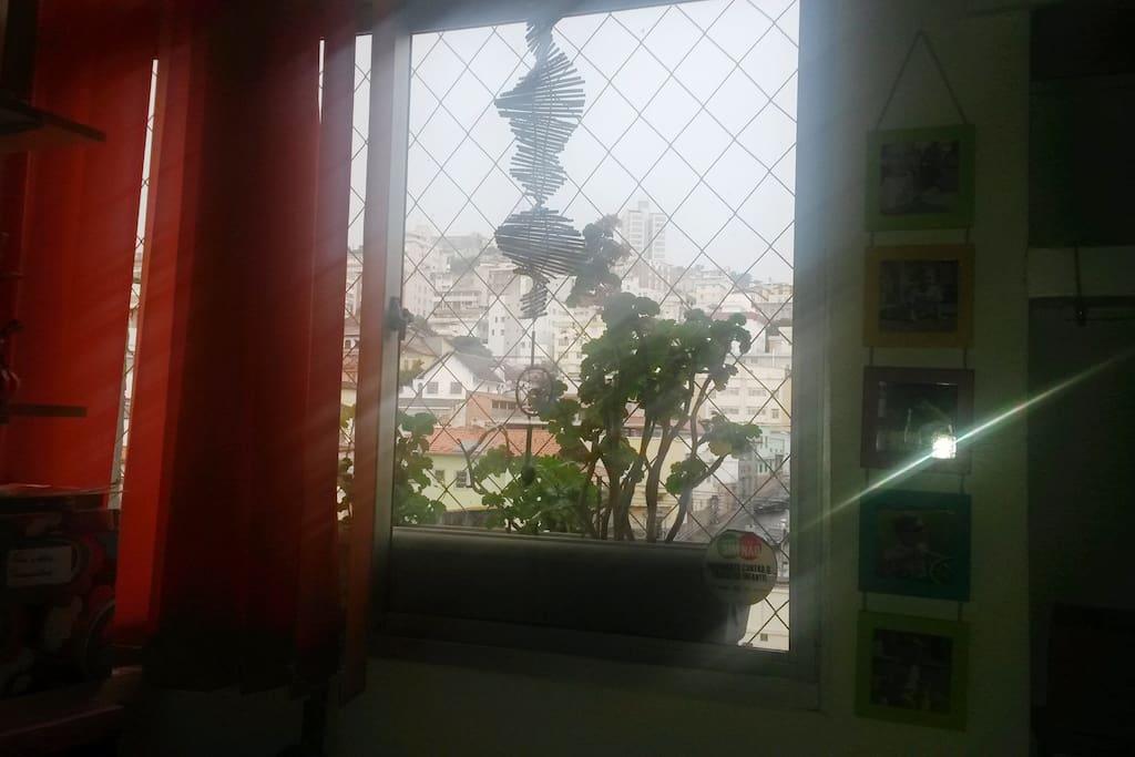 janela do quarto de hóspede