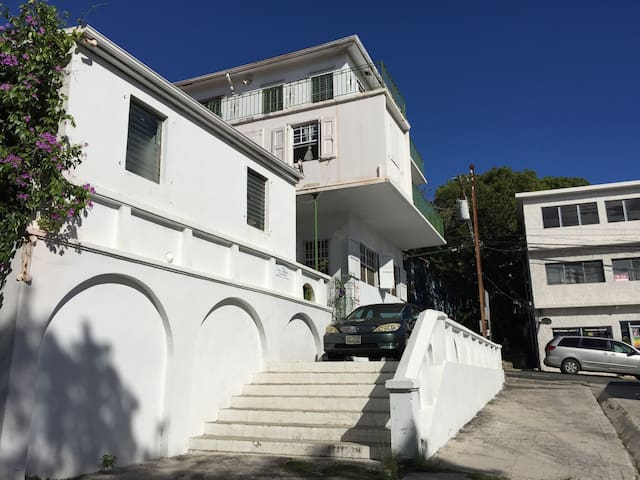 1BR Flat in Historic Downtown - Charlotte Amalie