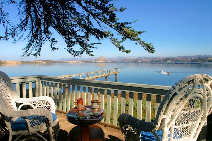 Romantic waterfront Cottage for two on Morro Bay