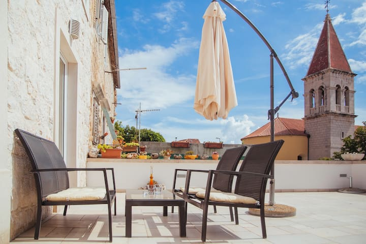 Luxury apartment in centre of Makarska