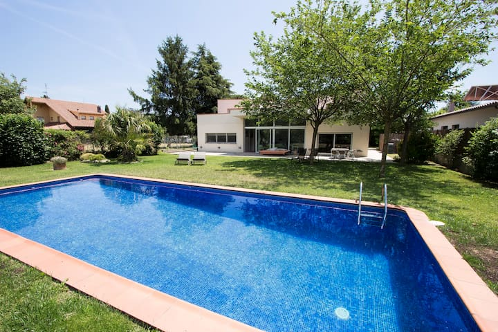 Modern Villa Montseny with private pool & garden in Catalonia. Up to 10-12 guests!
