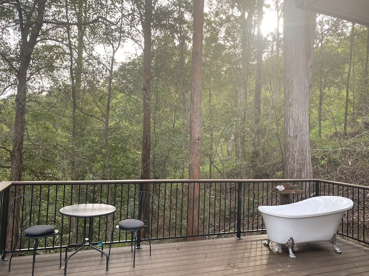 Treetops Escape - Cooloola Tiny House -Sunny Coast