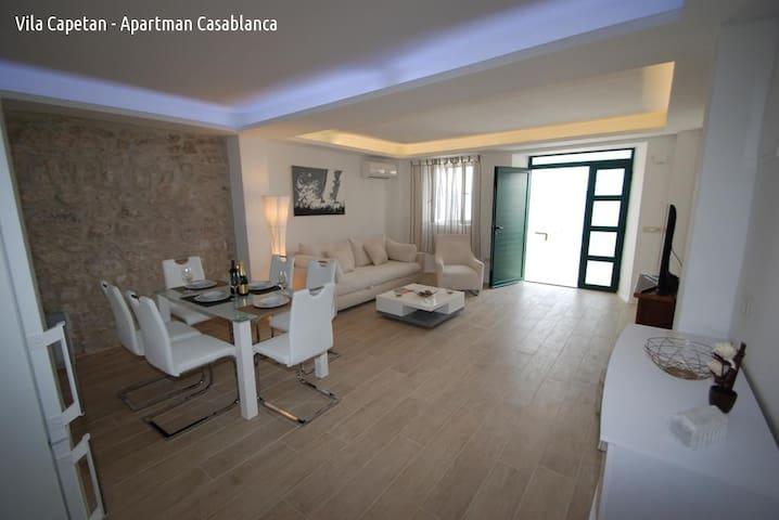Apartment Casablanca - Zaostrog - Flat