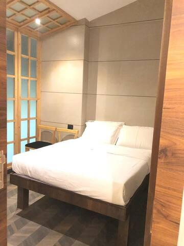 Hotel Rooms Dadar - Heart of city- Mumbai - Room 3