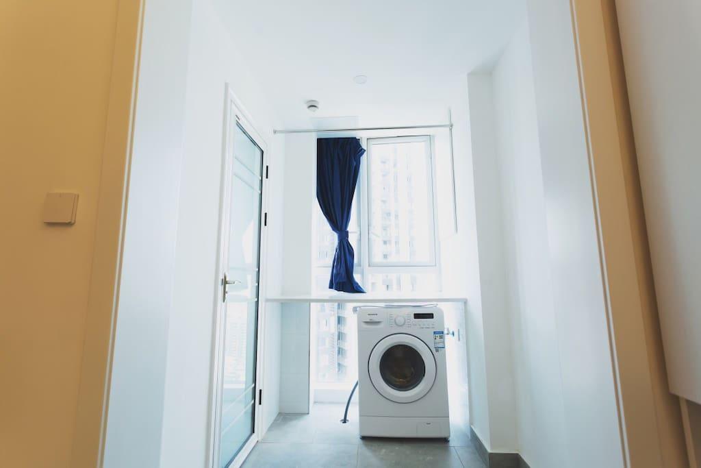 阳台的洗衣机
