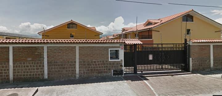 Casa Familiar Conjunto Aspen Los Chillos Conocoto