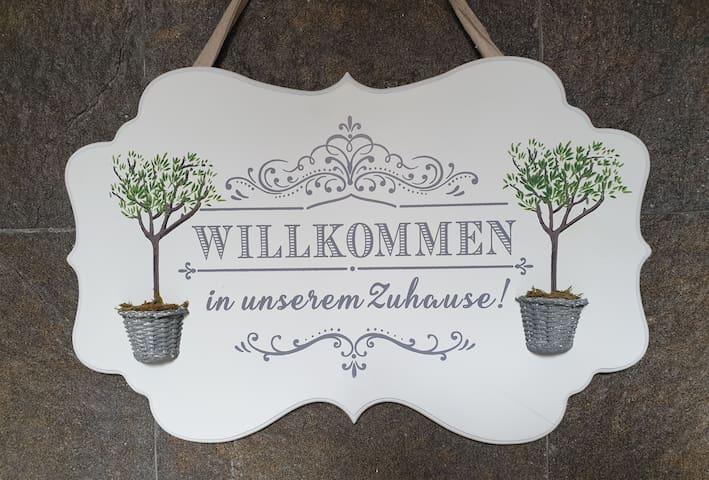 Stilvolles Studio in Berzdorf bei Köln/Bonn/ Brühl