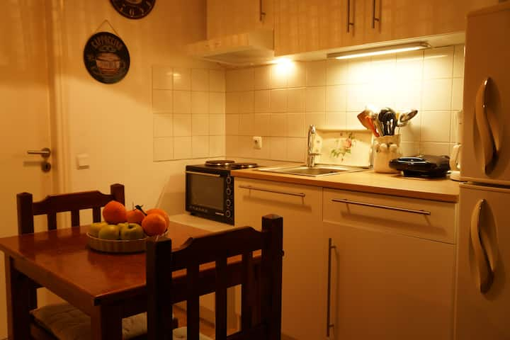 Cosy 2-room apartment 200m from the sea