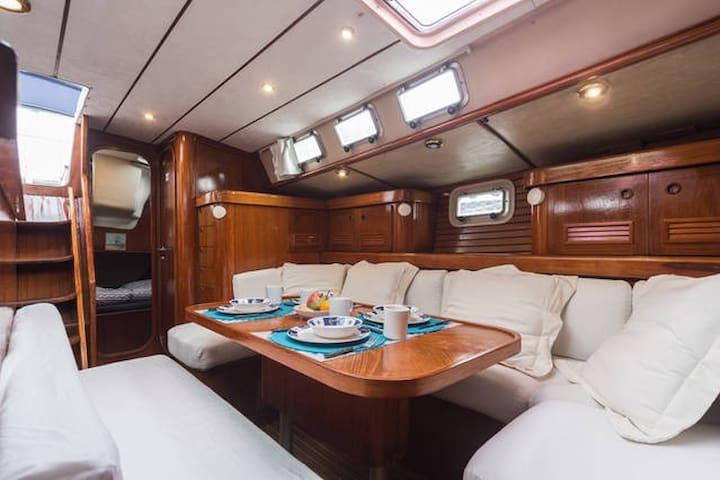 *** Enjoy an exclusive bed&breakfast on board*** - Valence - Bateau