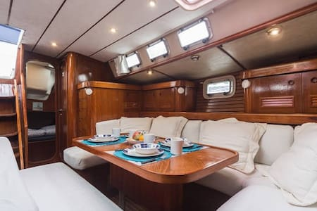 *** Enjoy an exclusive bed&breakfast on board*** - Valencia - Boot