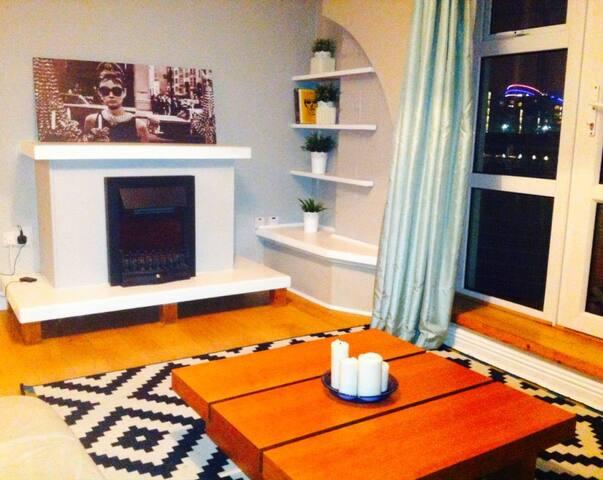 Modern room & Balcony in the ❤ of Dublin! - Dublin - Byt