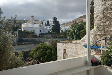 Pyrgos House with a panoramic view
