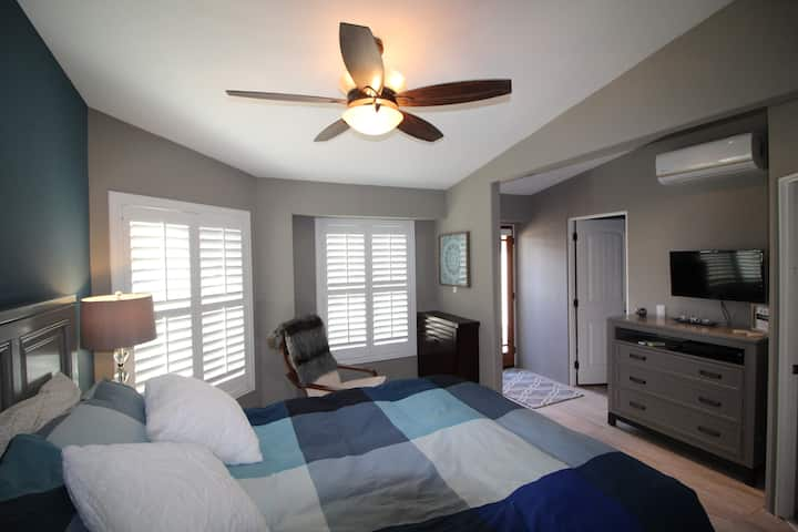 Palm Springs/Palm Desert Guestroom (west)