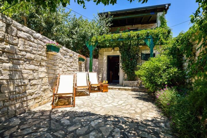 Bepo & Zara Holiday house - San Cassiano - Casa