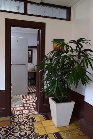 Share an ancient costa rican house in Heredia