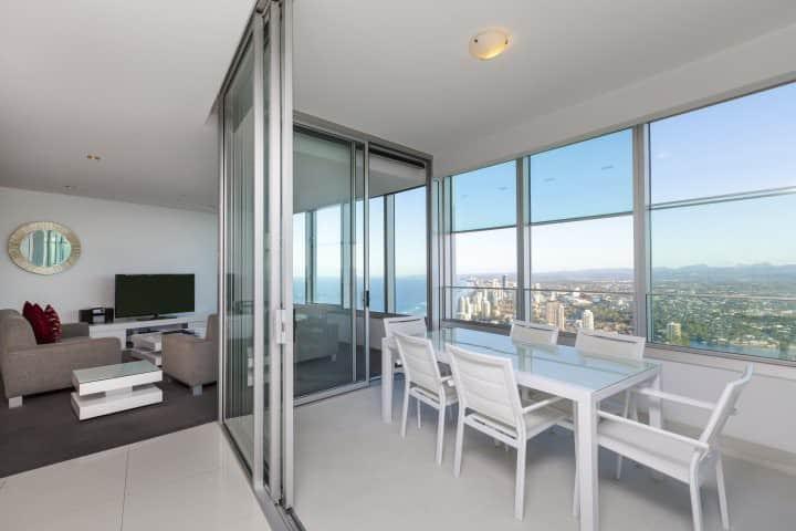 Q1 Resort - Four Bedroom Executive Spa apartment