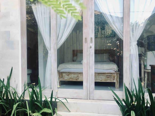 Private room in Echo Beach