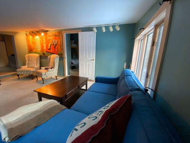 Lay Low in Ludlow - cozy, convenient spot at Okemo