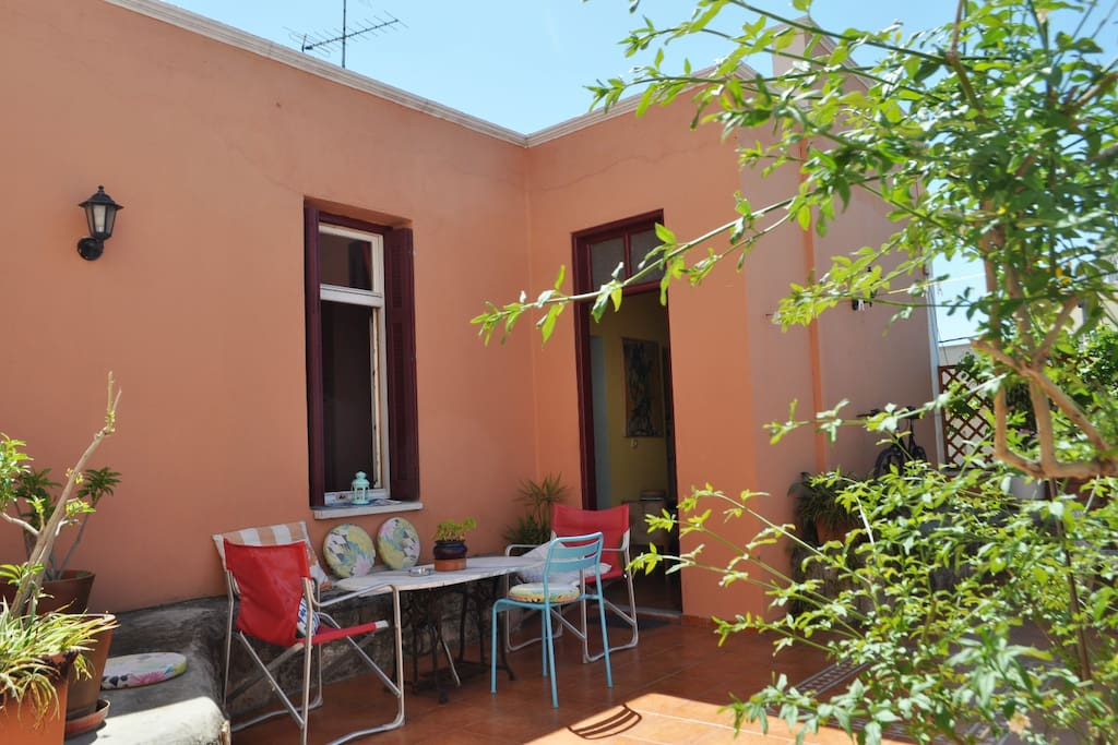 Your private roof garden, for enjoying your day and night!