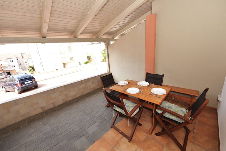 MARIN - Stunning apartment with aircon and WIFI