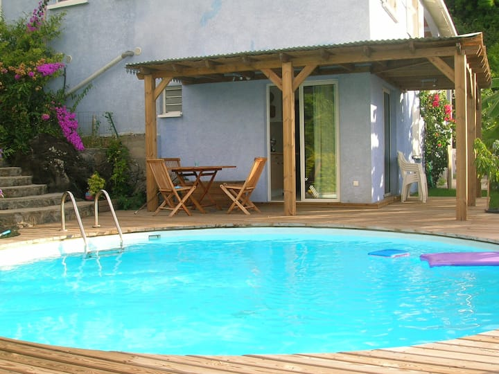 Flat single room with swimingpool