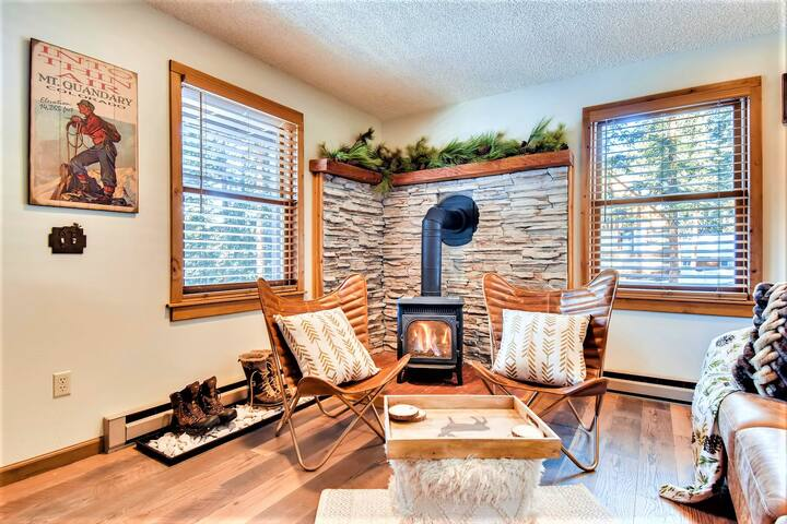 First Floor Family Room with small but fierce fireplace, leather couch/chairs