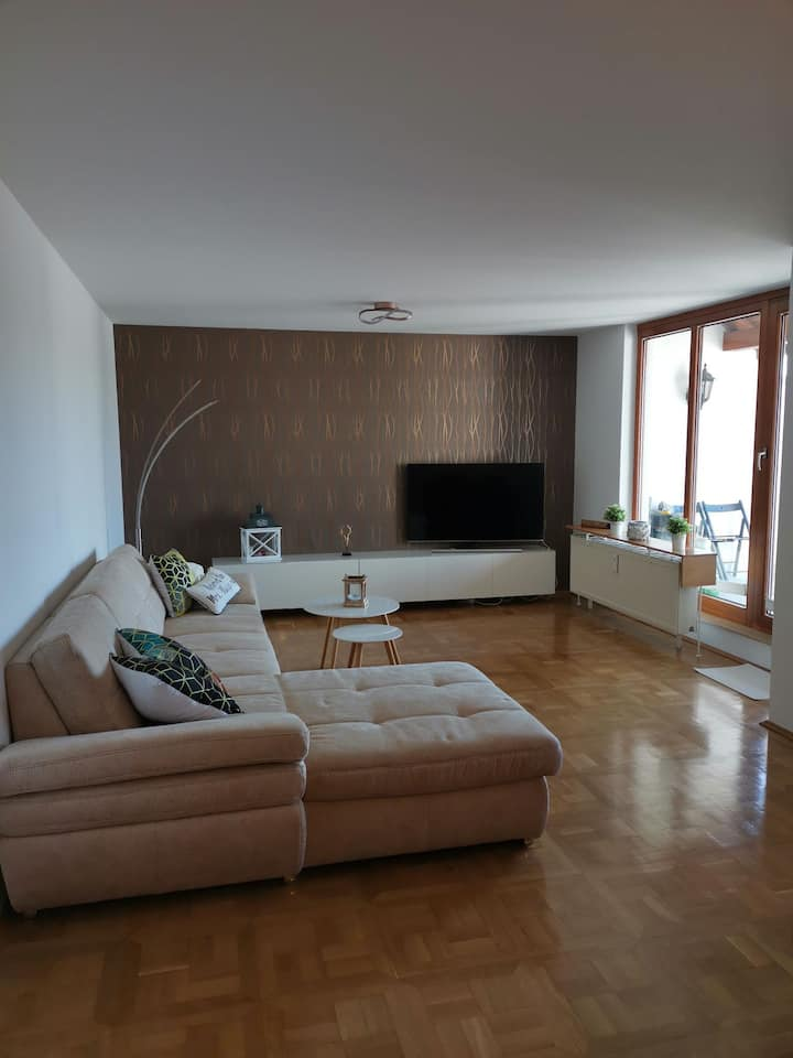 Modernes, großes 3 Zimmer Appartement