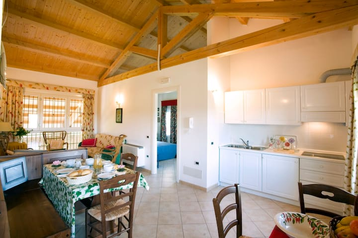 Airone- app.to in agriturismo sul fiume a Caorle - Caorle - Apartment