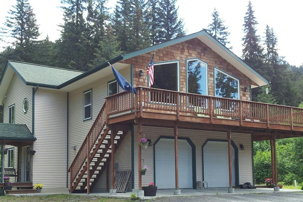 Glacier Creek B & B