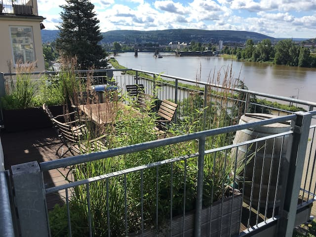 View over the river - Modern apartment - Koblenz - Apartament