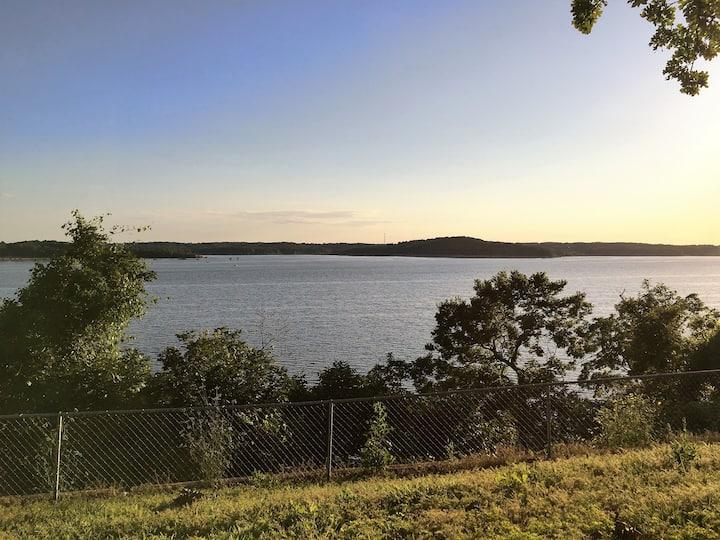 Best view on Truman Lake