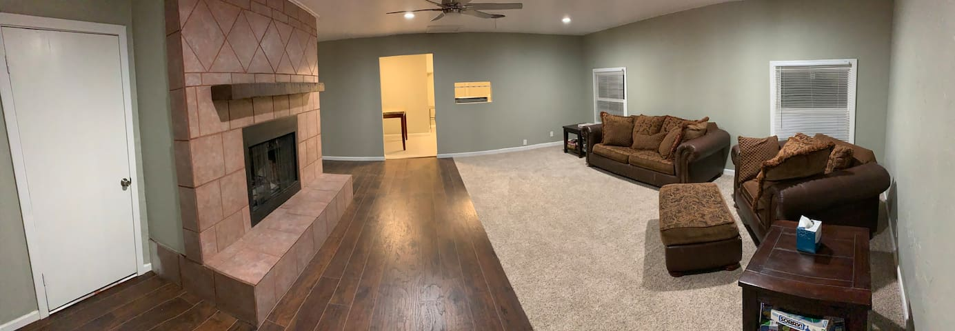 Beautiful NEW home!! Remodeled Nov 2019 fireplace!