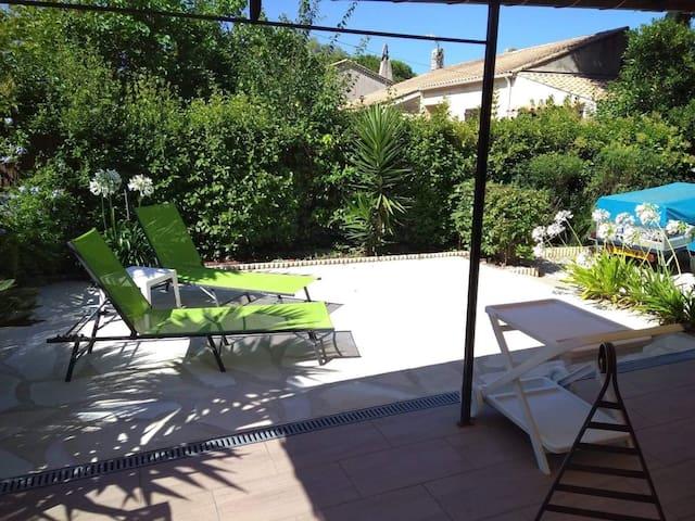 Studio avec jardin à l'Ayguade