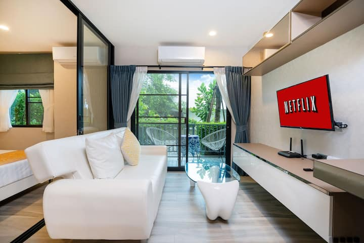 Smart New spacious stylish Condo with Free Netflix